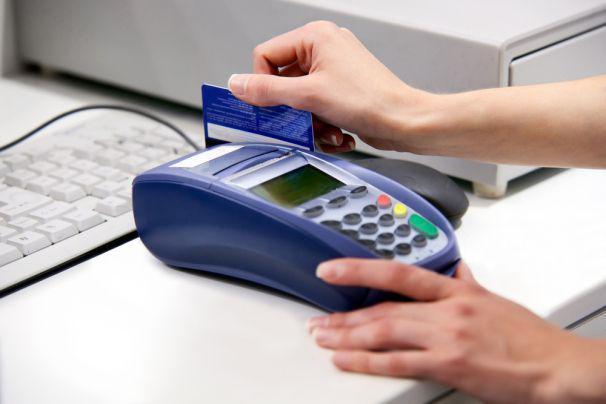 坤鹏论:信用卡作为银行触及个人贷款为数不多的产品 你真了解么-坤鹏论