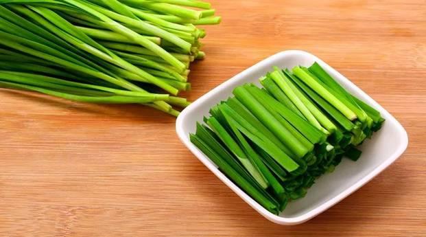 坤鹏论:人生来是韭菜,我们的目标是努力活成一根高级韭菜-自媒体|坤鹏论