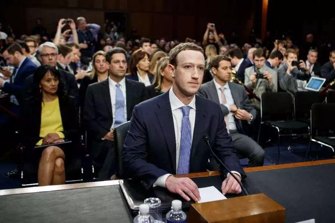 坤鹏论:Facebook为何股价暴跌 这轮泡沫真的要灭了吗?-坤鹏论
